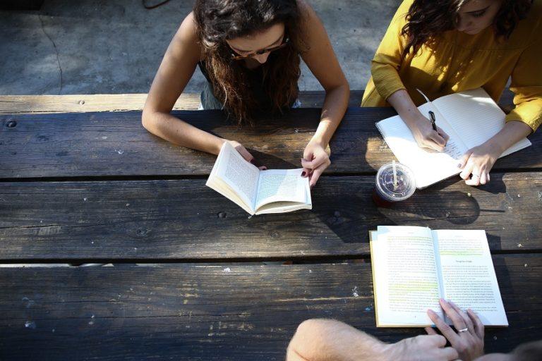 語学留学は意味ある